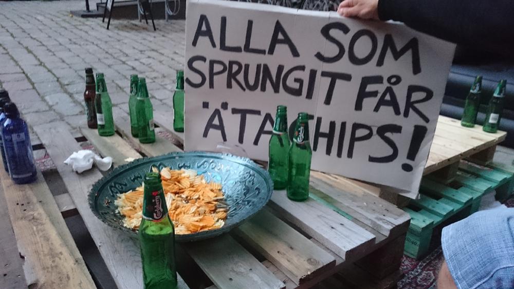 chips_skylt_soder_runt